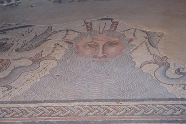 Mosaico yacimiento romano. Carranque